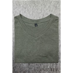 Мужская футболка с V-вырезом